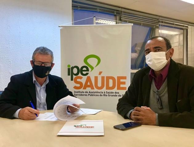 Assinatura Termo de Cooperação IPE e Município