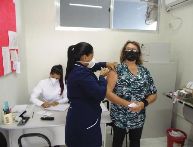 Na véspera da Páscoa, profissionais de Saúde intensificaram imunização no município
