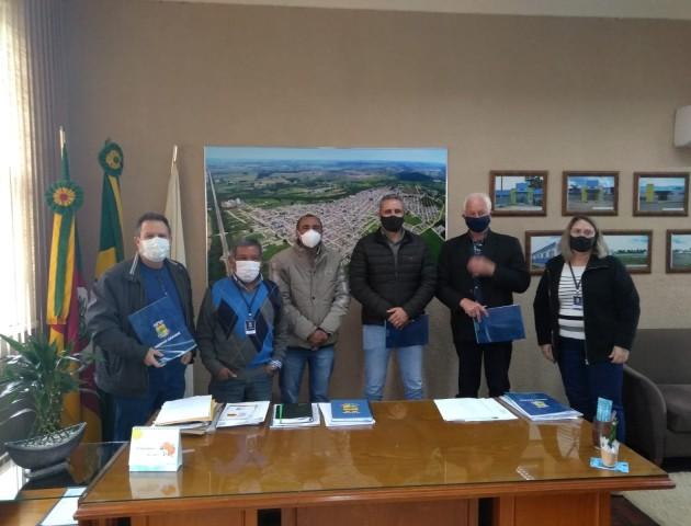 Representantes da Cotribá visitam o município