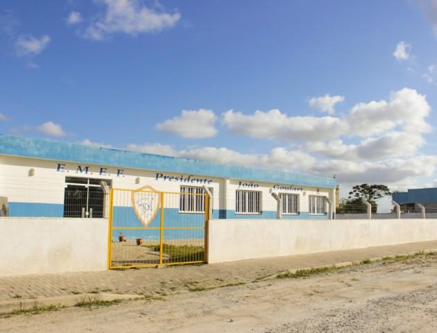 Secretaria Municipal de Educação trabalha em melhorias de infraestrutura das escolas