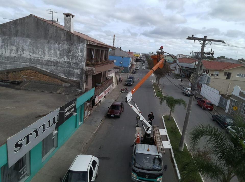 Avenida Visconde de Mauá com nova iluminação